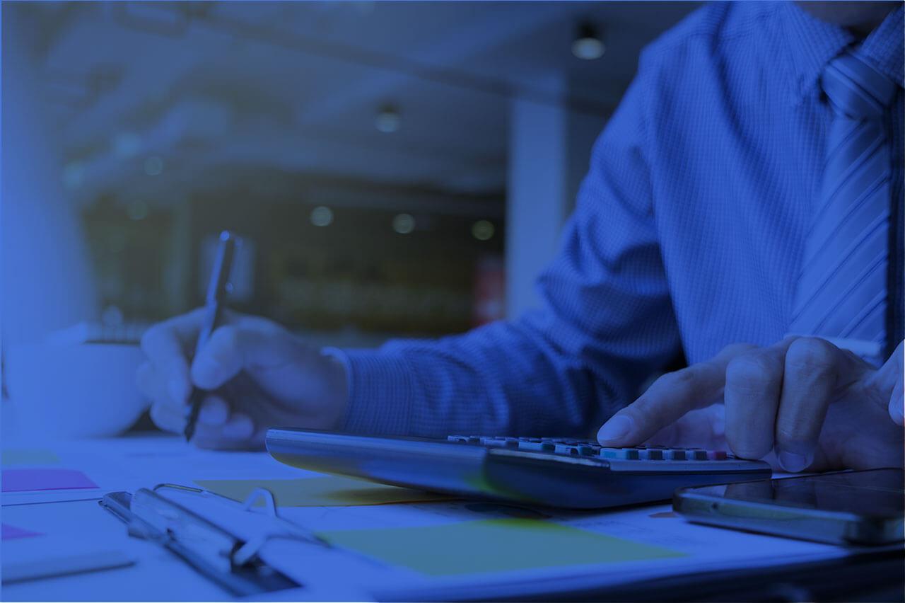 Бухгалтер по зарплате со знанием 1С: Зарплата и управление персоналом 8.2/8.3