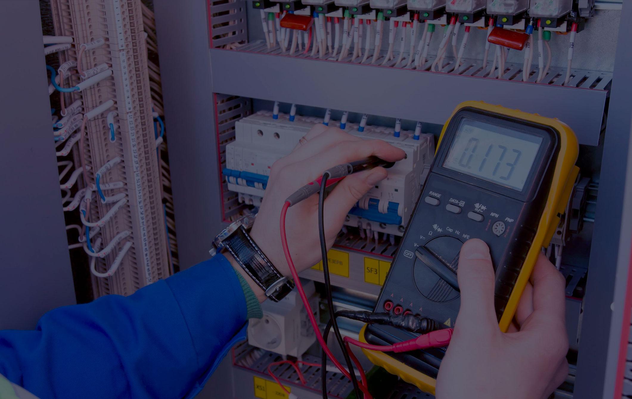 Испытание оборудования повышенным напряжением, обслуживание устройств РЗиА